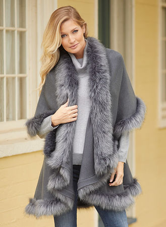 Main Fur-Trimmed Cape