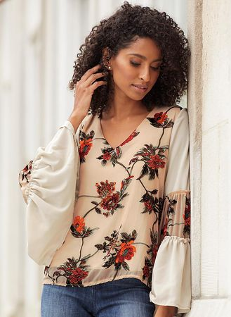 Main Floral Bell-Sleeve Blouse